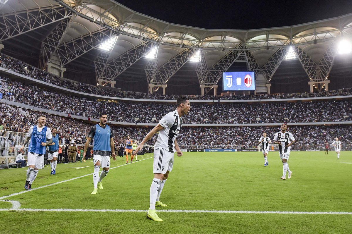 https: img.okezone.com content 2019 01 17 47 2005550 puasnya-ronaldo-cetak-gol-kemenangan-juve-di-piala-super-italia-2018-tUAU8s9290.jpg