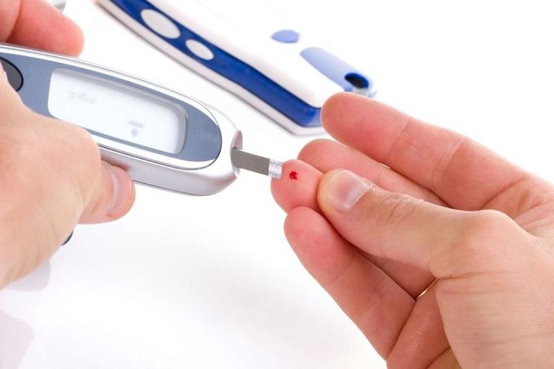 kadar gula darah normal sewaktu (GDS) berada di bawah 200 mg/dL
