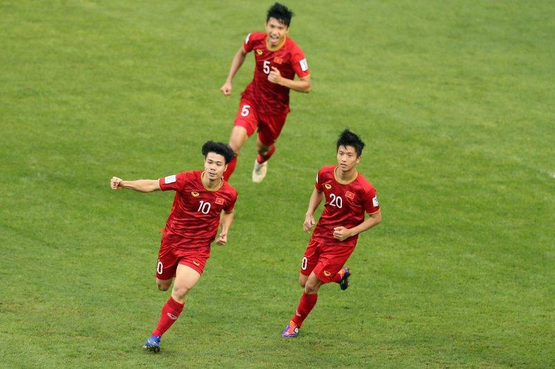 https: img.okezone.com content 2019 01 22 51 2007595 jadwal-pertandingan-vietnam-vs-jepang-di-perempatfinal-piala-asia-2019-7GQhROWmH0.jpg