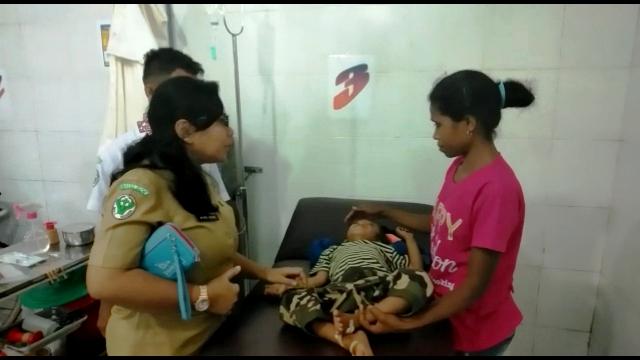 https: img.okezone.com content 2019 01 23 340 2008159 37-warga-timor-tengah-selatan-terjangkit-penyakit-demam-berdarah-c6V6n2fSUA.jpg