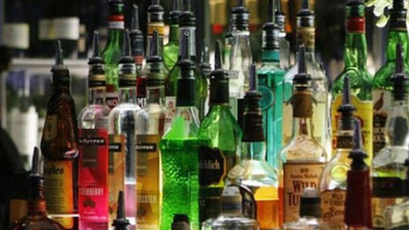 https: img.okezone.com content 2019 01 25 278 2009375 produsen-minuman-alkohol-naikkan-target-penjualan-10-di-2019-KpLU0y06wB.jpg