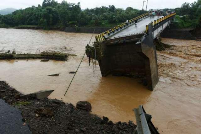 https: img.okezone.com content 2019 01 27 609 2010005 data-terbaru-banjir-dan-longsor-sulsel-68-orang-meninggal-dan-7-orang-hilang-92SBYDV610.jpg