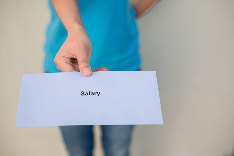 https: img.okezone.com content 2019 01 28 20 2010192 pemerintahan-as-buka-kembali-tapi-gaji-pns-belum-jelas-kapan-dibayar-GswRENv05c.jpeg