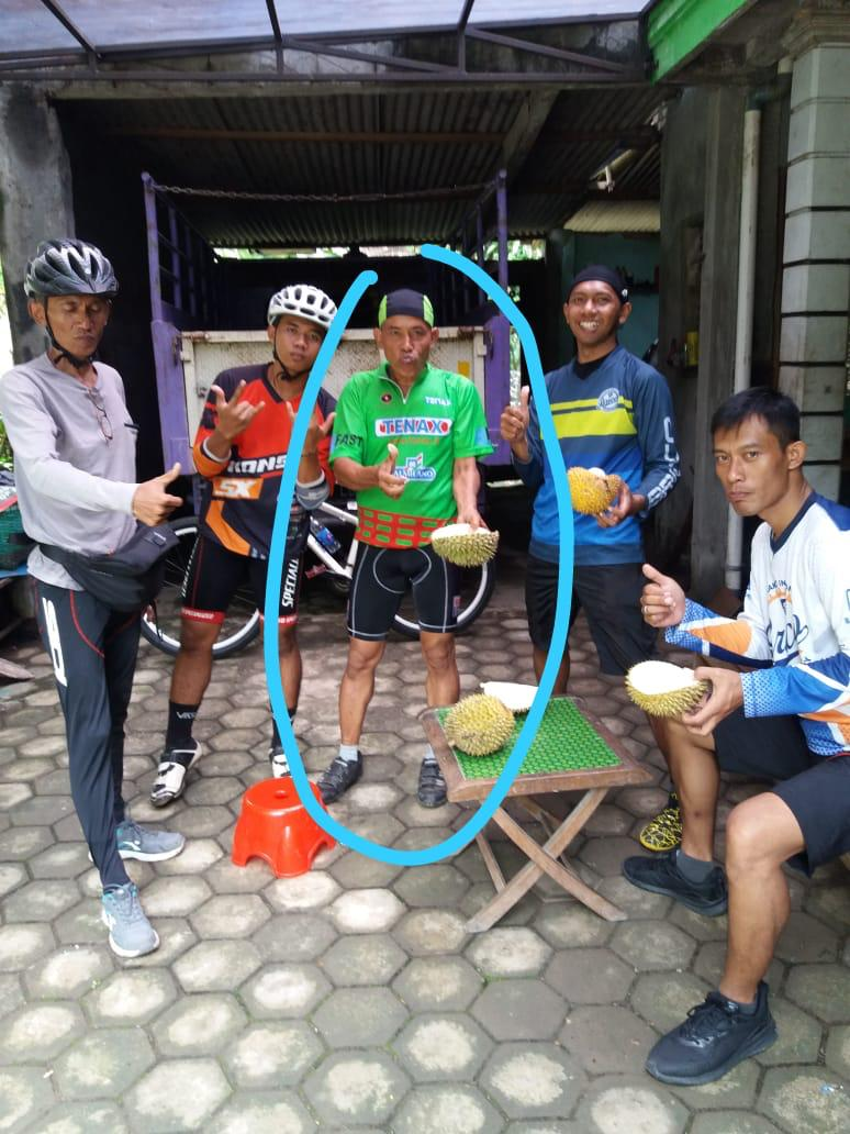 https: img.okezone.com content 2019 01 28 481 2010628 penyebab-kematian-pegowes-yang-santap-durian-usai-olahraga-SmgSqQ9QrU.jpeg