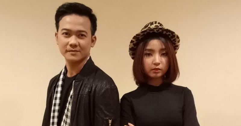 https: img.okezone.com content 2019 01 29 598 2010635 umey-kandaskan-mimpi-shelby-di-live-duel-rising-star-indonesia-eM3C5GSbw0.jpg