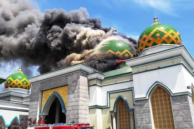 53+ Gambar Masjid Hitam