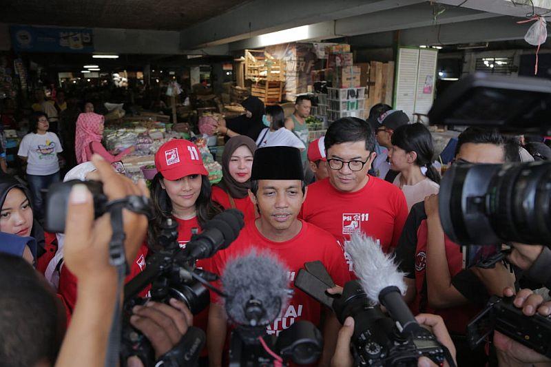 https: img.okezone.com content 2019 01 30 605 2011585 dituding-jadi-biang-kerok-indonesia-barokah-psi-minta-sby-tertibkan-andi-arief-tNwUIk8JS1.jpg