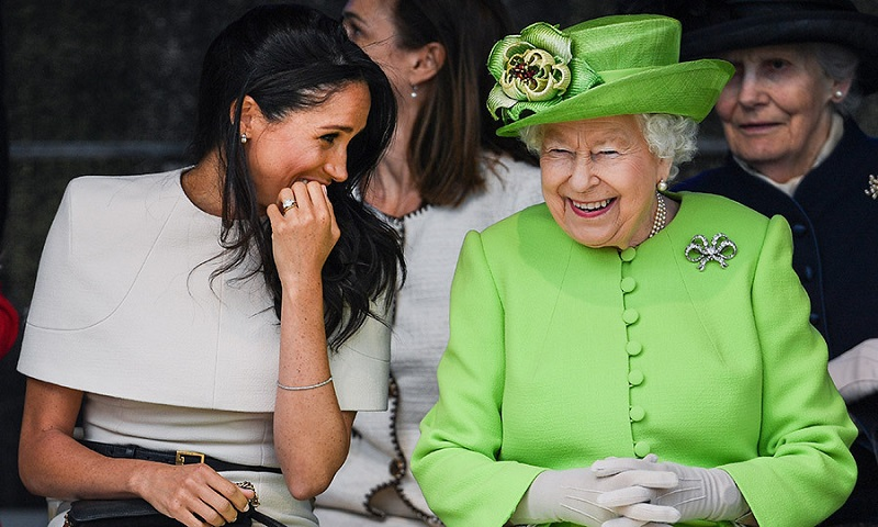 https: img.okezone.com content 2019 02 02 196 2012986 ratu-elizabeth-beri-hadiah-ini-untuk-rumah-baru-meghan-markle-cwE3CGnAdj.jpg