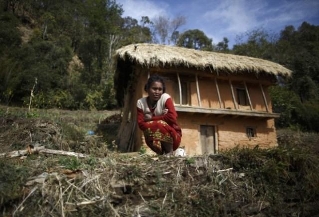 https: img.okezone.com content 2019 02 03 18 2013261 perempuan-nepal-meninggal-karena-tradisi-dikurung-saat-menstruasi-zLtitOvJv4.jpg