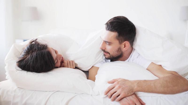 https: img.okezone.com content 2019 02 03 481 2013236 ini-alasan-mengapa-wanita-tiba-tiba-menangis-saat-melakukan-seks-4sdtuwsvjA.png