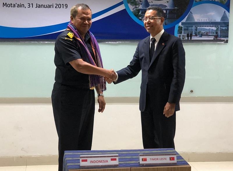 https: img.okezone.com content 2019 02 04 1 2013684 bea-cukai-indonesia-bertemu-dengan-customs-of-timor-leste-bahas-beberapa-kesepakatan-zkpFRAEqqG.jpg