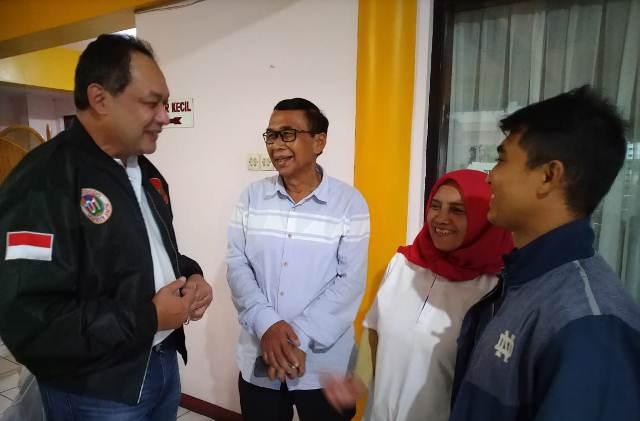 https: img.okezone.com content 2019 02 04 606 2013766 pileg-bertepatan-ultah-syafril-nasution-optimis-melenggang-ke-senayan-KFDTK73lkf.jpg