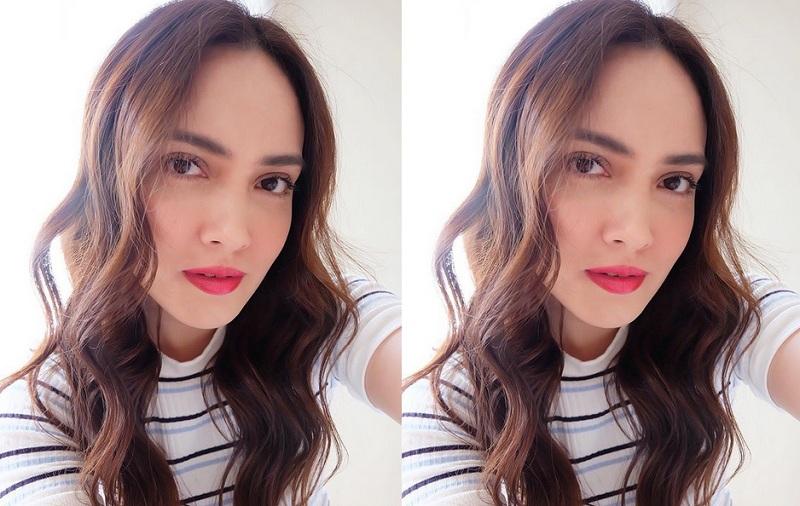 https: img.okezone.com content 2019 02 05 33 2013977 shandy-aulia-pamer-perut-rata-netizen-cantik-dan-seksi-rWEQ4gzPe4.jpg