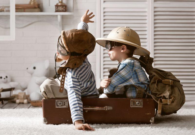 https: img.okezone.com content 2019 02 06 196 2014225 ayah-vs-ibu-siapa-yang-lebih-bahagia-kala-urus-anak-32kOXxC3eR.jpg