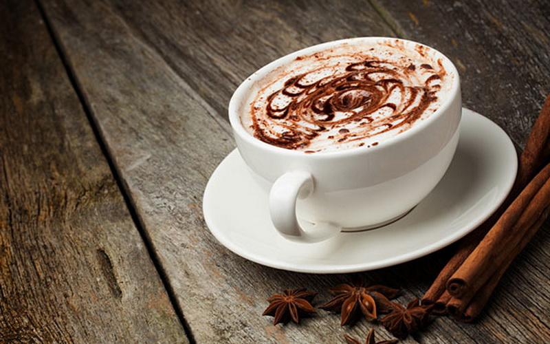 https: img.okezone.com content 2019 02 12 298 2016988 budaya-minum-kopi-tidak-akan-mati-LnvB63uTlv.jpg
