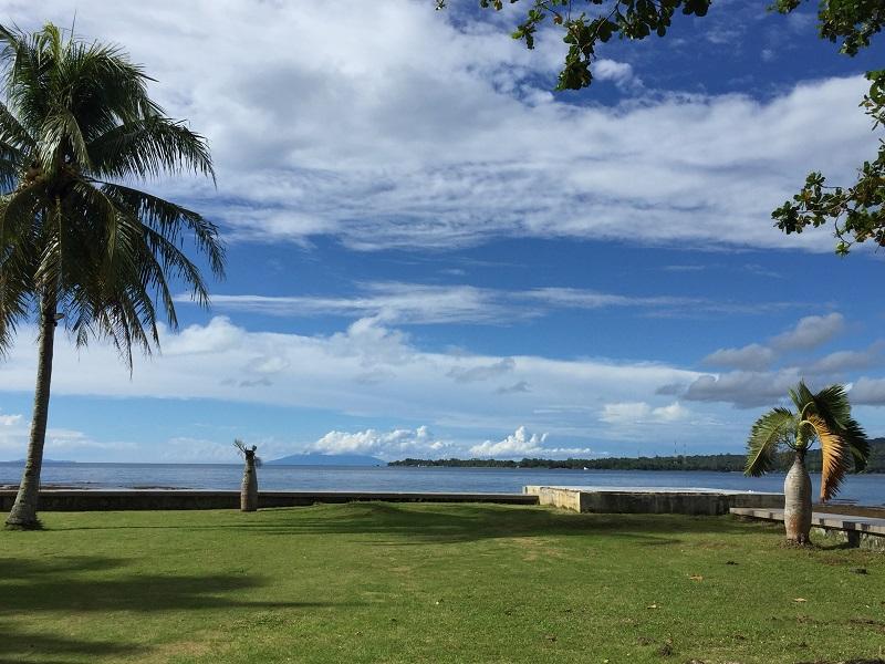 https: img.okezone.com content 2019 02 12 406 2017016 kunjungi-pantai-carita-menpar-arief-banten-tidak-dalam-status-darurat-TpqTHk8Ind.JPG