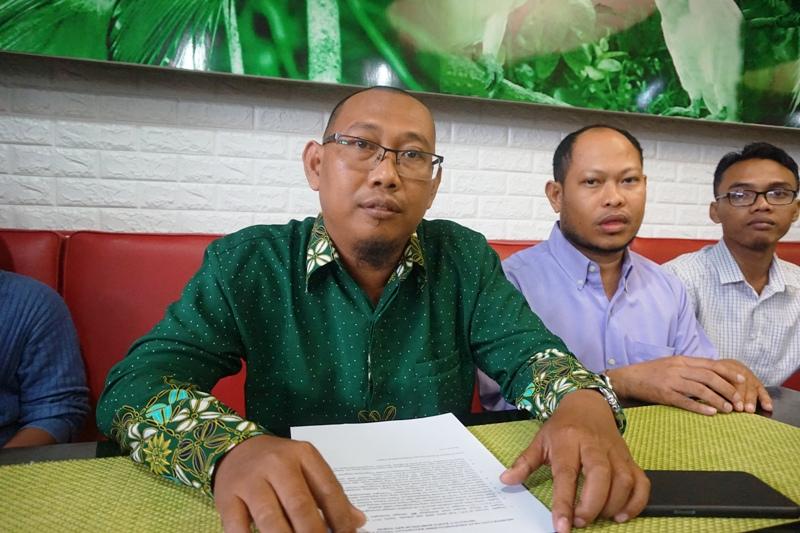 https: img.okezone.com content 2019 02 18 340 2019716 pemuda-muhammadiyah-minta-kejati-papua-tak-tebang-pilih-soal-kasus-hibah-pilkada-sarmi-99LIlICEr5.JPG