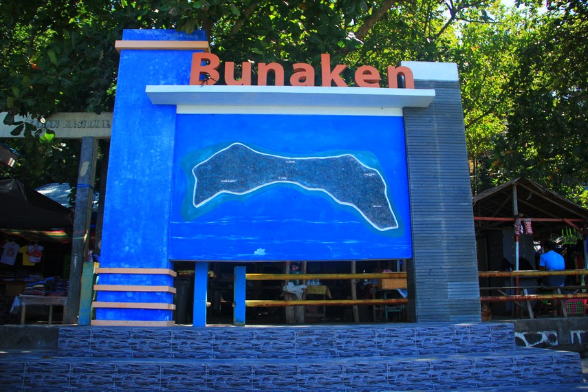 https: img.okezone.com content 2019 02 19 406 2020019 kabar-gembira-di-bunaken-akan-ada-taman-mangrove-dan-pulau-warna-warni-KkLdMQPkZN.jpg