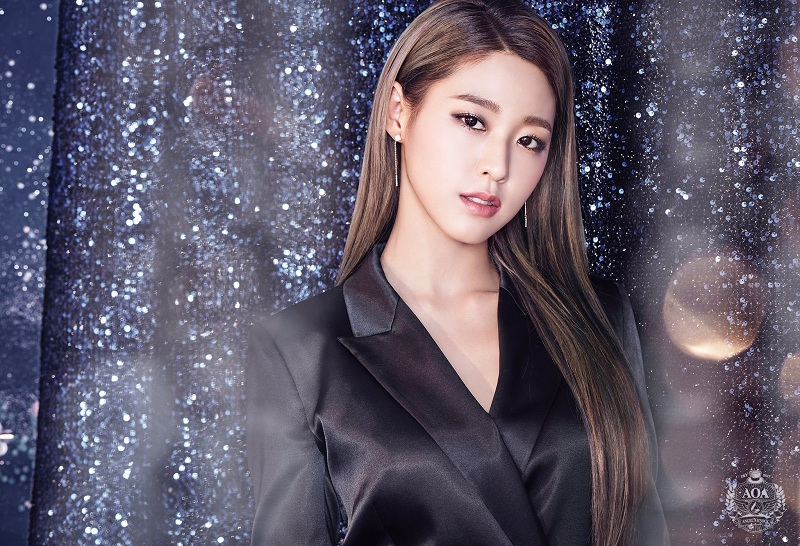 https: img.okezone.com content 2019 02 20 598 2020573 susul-yang-se-jong-dan-woo-do-hwan-seolhyun-aoa-bintangi-my-country-BsgUc5HrAW.jpg