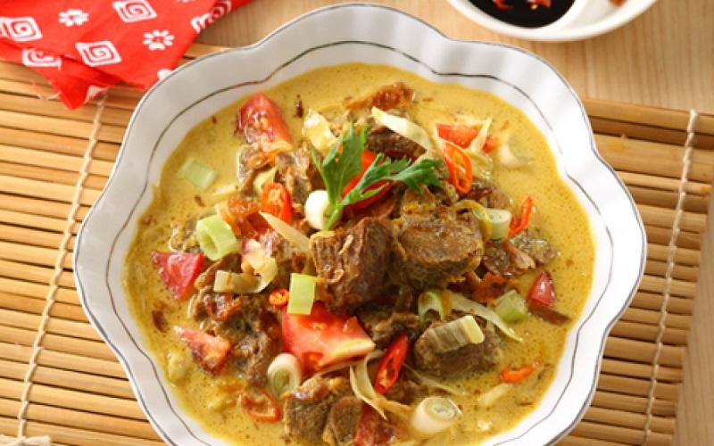 Makanan khas daerah Solo ini memang banyak digemari oleh masyarakat Indonesia