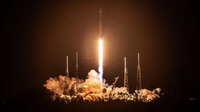 https: img.okezone.com content 2019 02 22 56 2021543 intip-video-peluncuran-satelit-nusantara-satu-ofPzQzltDQ.jpg