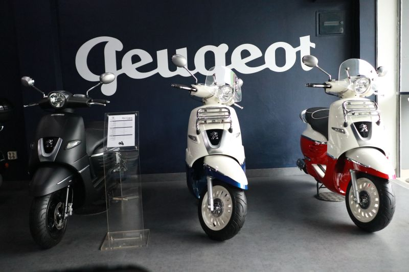https: img.okezone.com content 2019 02 23 15 2021917 sasar-kalangan-milenial-peugeot-motocycles-berani-kasih-diskon-capai-rp4-juta-DzmzVVETXu.jpg