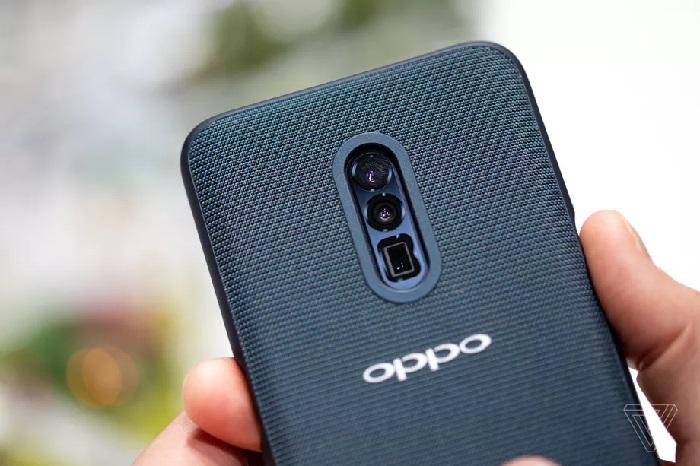 https: img.okezone.com content 2019 02 24 57 2022098 oppo-bawa-ponsel-fitur-optical-zoom-10x-ke-mwc-2019-sPcRDqSd7s.jpg