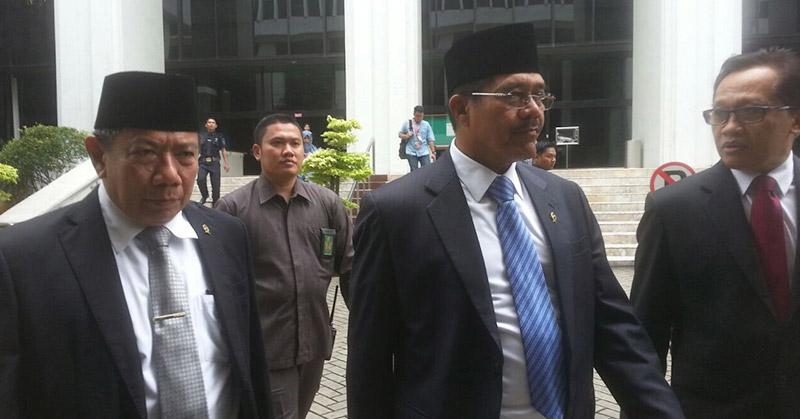 https: img.okezone.com content 2019 02 27 337 2023440 ketua-ma-pengadilan-se-indonesia-kekurangan-tenaga-hakim-zV47bqiomQ.jpg
