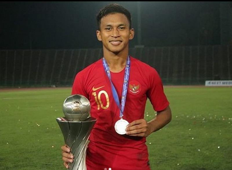 https: img.okezone.com content 2019 02 28 51 2024058 kebanggaan-osvaldo-haay-bawa-timnas-indonesia-u-22-juara-piala-aff-2019-CReBYuhQDD.jpg