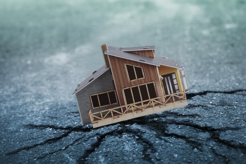 https: img.okezone.com content 2019 03 01 340 2024316 gempa-m-5-3-guncang-sangihe-sulut-tidak-berpotensi-tsunami-SXWJ7YIbEU.jpg