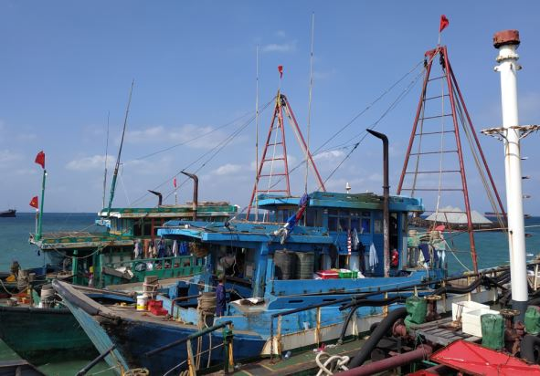 https: img.okezone.com content 2019 03 01 340 2024699 begini-kronologi-penangkapan-4-kapal-vietnam-pencuri-ikan-di-laut-natuna-NiLVcyy3g8.JPG