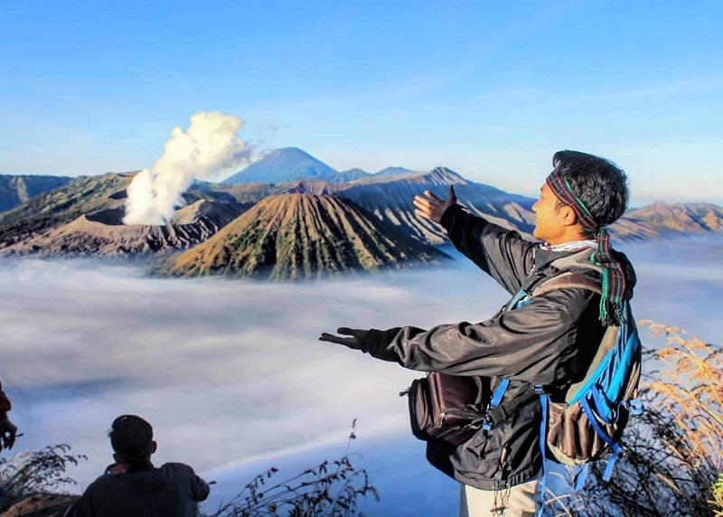 https: img.okezone.com content 2019 03 05 406 2026239 hari-raya-nyepi-wisata-gunung-bromo-bakal-ditutup-total-qOOqsHlw9m.jpg
