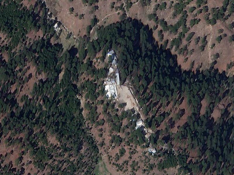 https: img.okezone.com content 2019 03 06 18 2026425 foto-satelit-tunjukkan-gedung-madrasah-masih-berdiri-di-lokasi-serangan-udara-india-h4Odopr9fC.jpg
