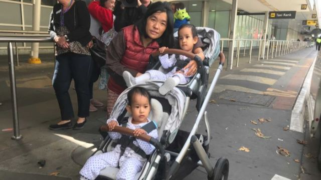 https: img.okezone.com content 2019 03 07 18 2026965 bayi-kembar-siam-ini-pulang-ke-bhutan-setelah-berhasil-dioperasi-di-melbourne-dUGnt3KPnc.jpg