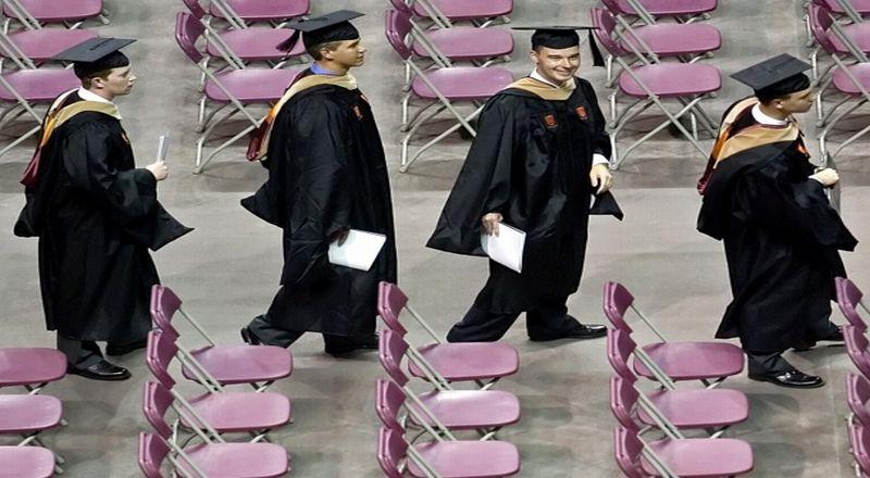 https: img.okezone.com content 2019 03 07 65 2027002 jelajahi-perguruan-tinggi-favorit-cukup-lihat-akun-sosial-medianya-x4WQM3HKX3.jpg