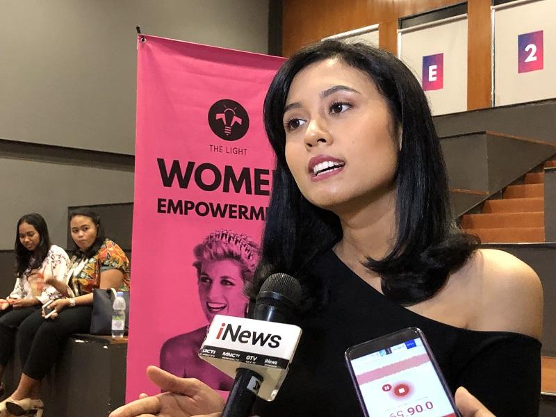 https: img.okezone.com content 2019 03 09 196 2027872 hari-perempuan-internasional-maria-harfanti-tegaskan-tak-ada-lagi-women-under-the-men-qQJ9CUWsYA.jpeg