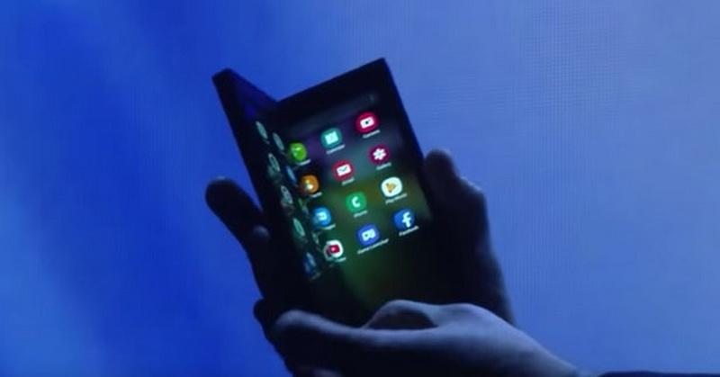 https: img.okezone.com content 2019 03 12 57 2029079 ponsel-lipat-dengan-harga-selangit-lakukah-di-indonesia-b2HMPBjzeY.jpg