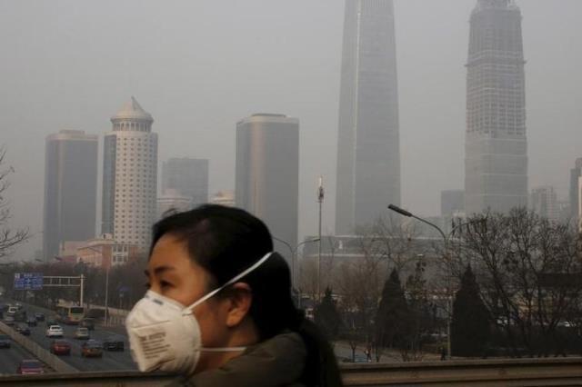 https: img.okezone.com content 2019 03 13 18 2029443 polusi-udara-lebih-banyak-menyebabkan-kematian-dibanding-rokok-LFk7fNDKMf.jpg