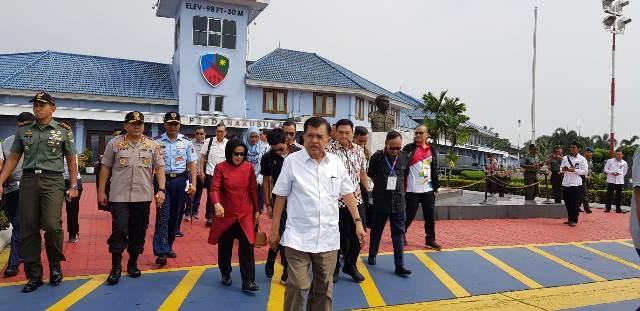 https: img.okezone.com content 2019 03 14 337 2029724 bertolak-ke-bali-jk-akan-buka-international-reform-policy-symposium-and-regional-workshop-2019-aco1DdOsyE.jpg