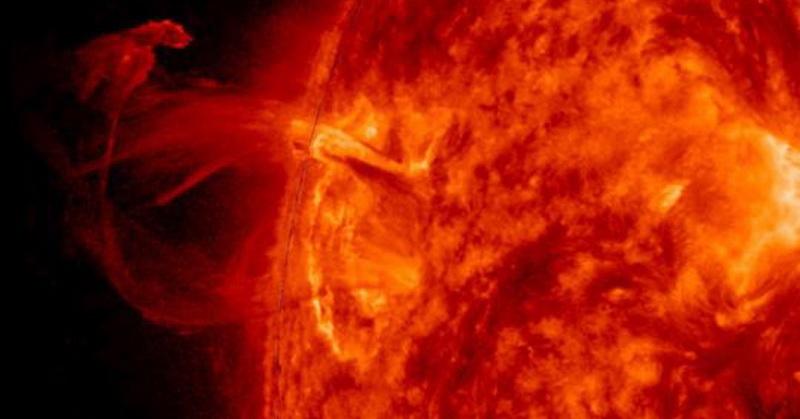 https: img.okezone.com content 2019 03 15 56 2030474 badai-matahari-terkuat-pernah-terjadi-2-700-tahun-lalu-6bw5MOxQY9.jpg