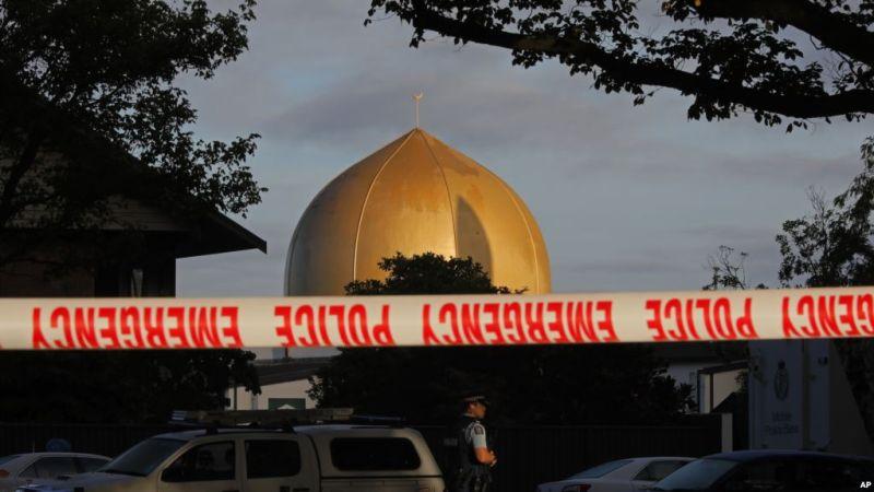 https: img.okezone.com content 2019 03 17 18 2031094 korban-tewas-penembakan-di-masjid-selandia-baru-bertambah-jadi-50-orang-Wkp9EdXxCK.jpg