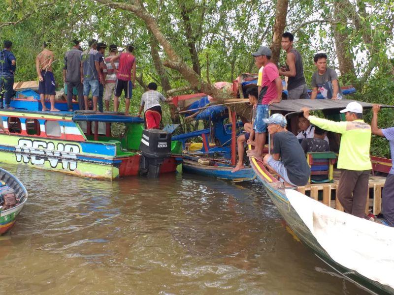 https: img.okezone.com content 2019 03 18 340 2031569 speedboat-berpenumpang-20-orang-kecelakaan-di-sungai-musi-4-korban-tewas-2wL9STPhk6.jpg