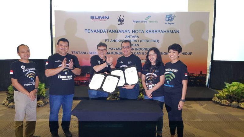 https: img.okezone.com content 2019 03 19 1 2032048 serius-dukung-pelestarian-lingkungan-ap-1-kerjasama-dengan-wwf-indonesia-HkNoucBfum.jpg