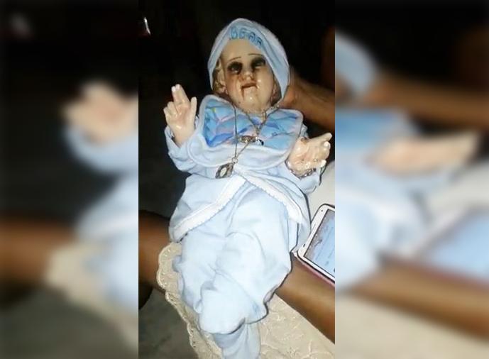 https: img.okezone.com content 2019 03 19 18 2032025 patung-bayi-yesus-menangis-darah-warga-percaya-pesan-dari-tuhan-aNB5DVLjVm.jpg