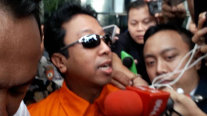 Romi Ditangkap Kpk: Geledah Rumah Ketum PPP Romi, KPK Sita Laptop : Okezone News
