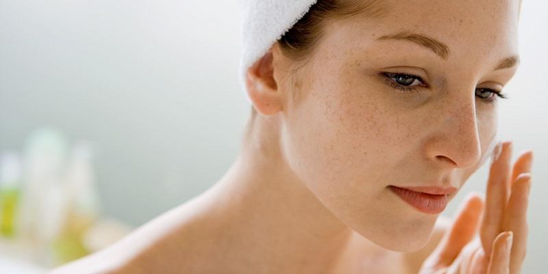 https: img.okezone.com content 2019 03 20 611 2032800 skin-care-makin-mahal-ini-cara-murah-hilangkan-bekas-luka-di-wajah-au79hWGC0l.jpg