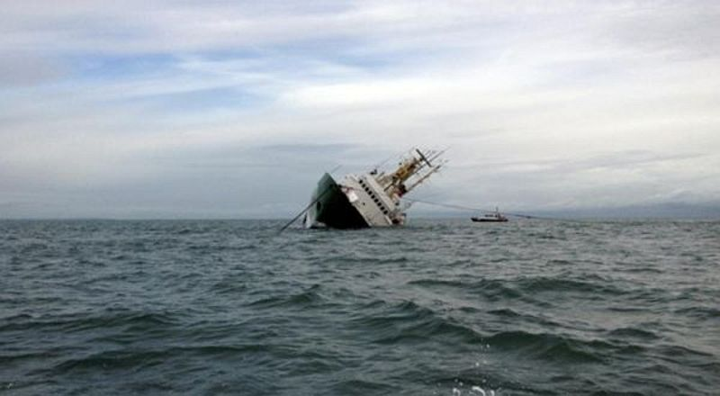 https: img.okezone.com content 2019 03 22 18 2033514 72-orang-tewas-imbas-kapal-feri-tenggelam-di-sungai-tigris-irak-OGcBNMe3eU.jpg