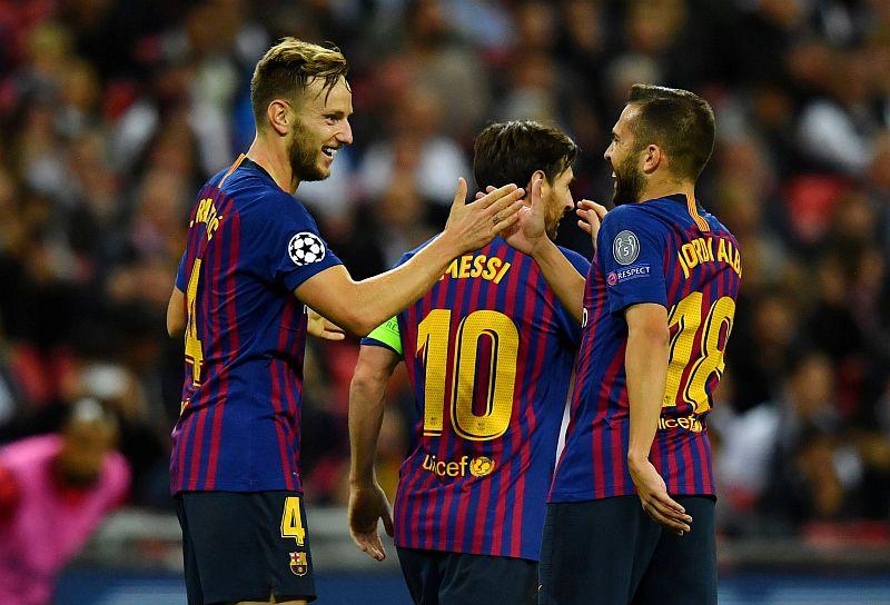 https: img.okezone.com content 2019 03 28 261 2036371 barcelona-gagal-di-liga-champions-bukan-karena-kehilangan-gaya-bermain-qSgtLkQWj4.JPG