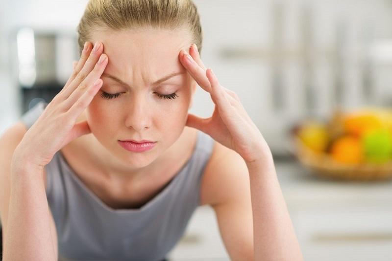 https: img.okezone.com content 2019 03 28 481 2036189 sakit-kepala-tiada-henti-isi-telinga-wanita-ini-ada-sesuatu-yang-mengerikan-IJatLPeB80.jpg