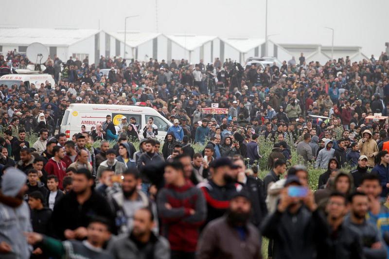https: img.okezone.com content 2019 03 30 18 2037178 tentara-israel-tewaskan-seorang-pria-palestina-pada-peringatan-demonstrasi-besar-di-gaza-Zh27yQiCva.jpg